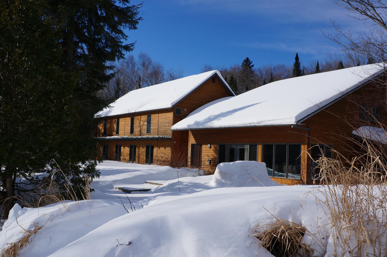 Auberge-du-Lac-Priscault-hiver