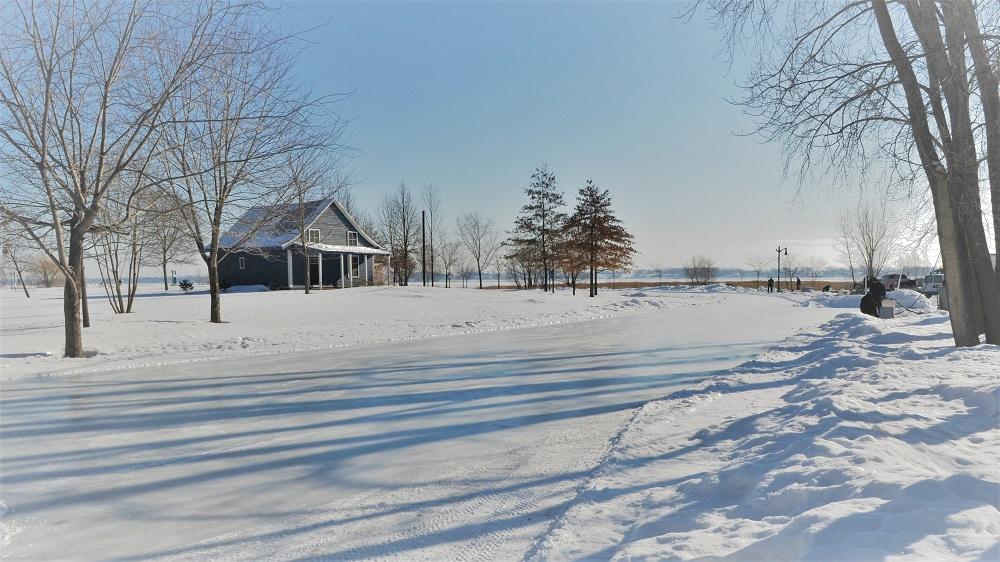 Anneau de glace patinoire Île Lebel Repentigny