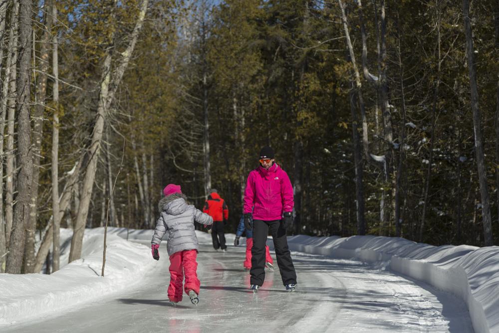 Sentier patinoire en forêt Saint-Donat