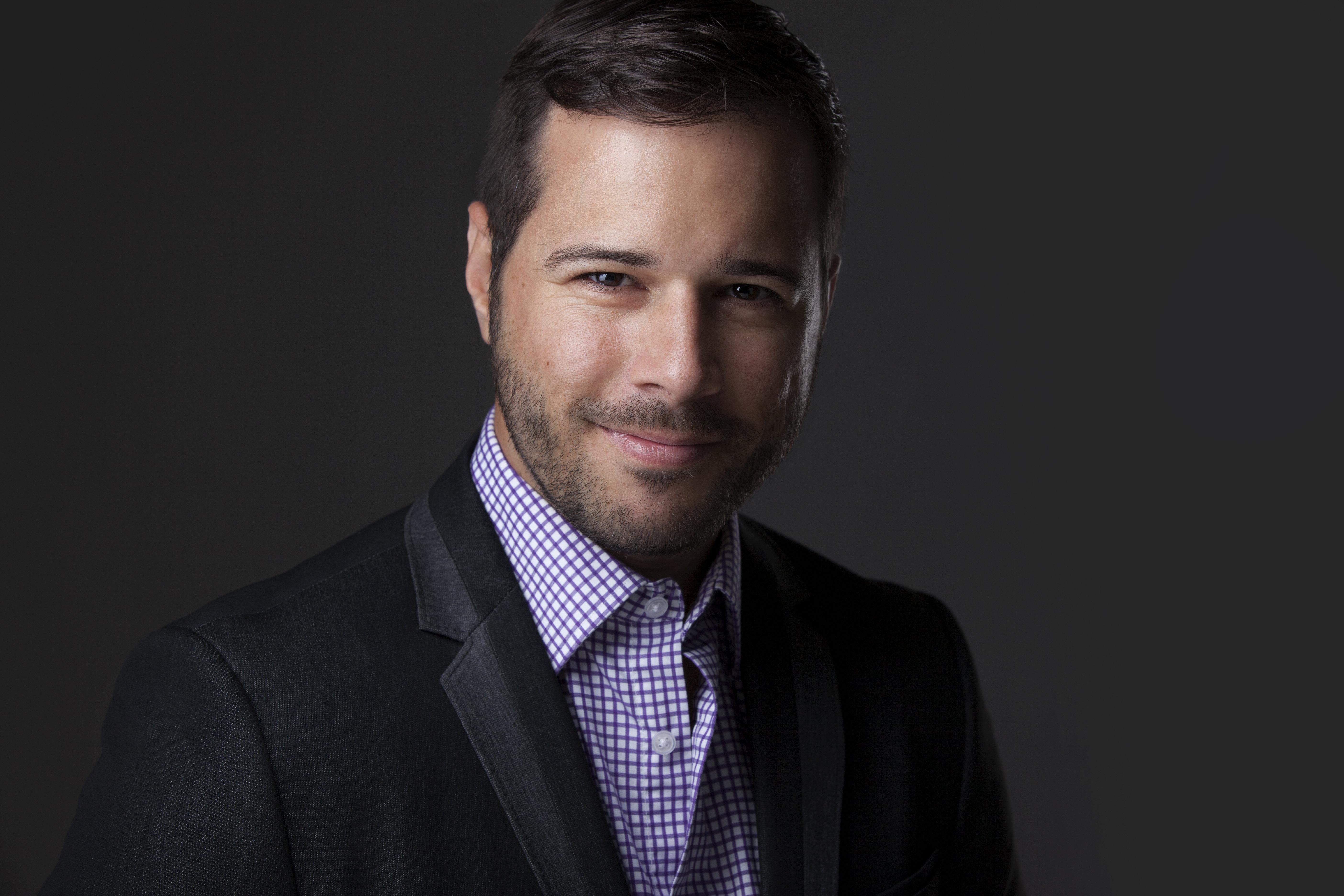 Marc-Antoine Vachon professeur de marketing et co-titulaire de la Chaire de tourisme Transat de L'ESG UQAM.